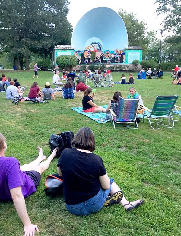 medford-farmers-market-condon-shell-concert